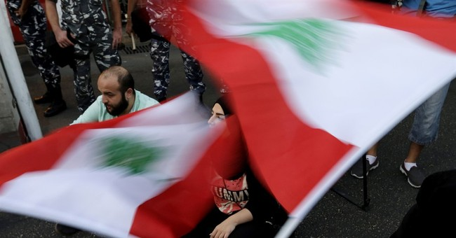 Lebanon activists stage hunger strike, want minister to quit