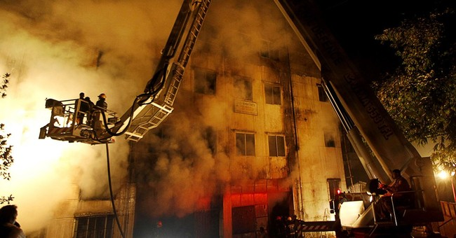 Bangladesh court indicts owners in deadly 2012 factory fire