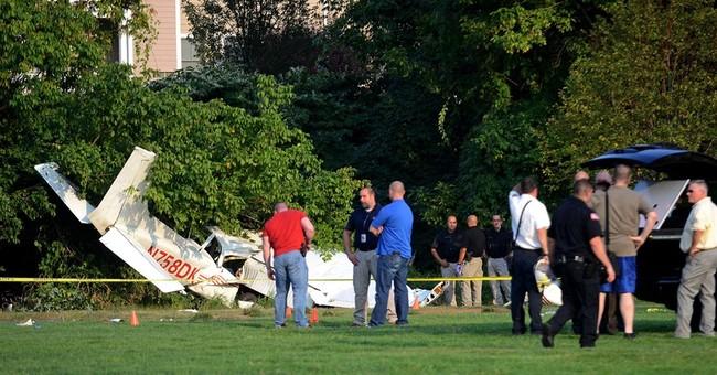Coast Guard auxiliary members hurt in rec field plane crash
