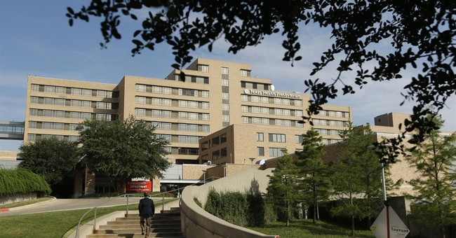 Review cites problems at Texas hospital during Ebola crisis