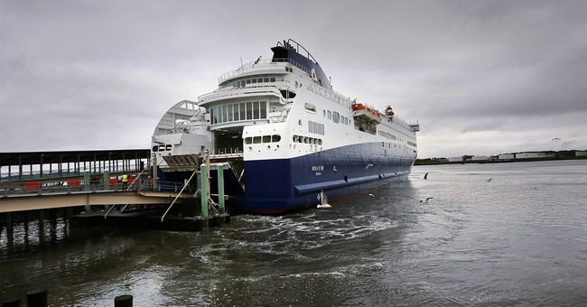 Tourism, businesses find uneasy balance at New England ports