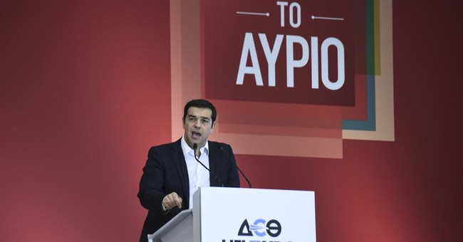 Tsipras warns Greeks against return to 'corrupt' past