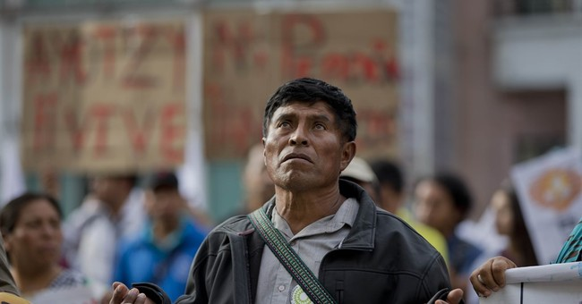 Independent group rejects Mexican gov't case on 43 missing
