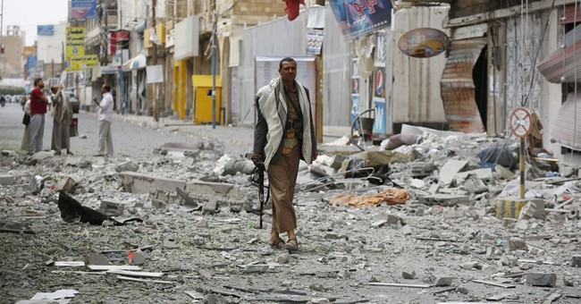 Saudi coalition airstrikes destroy Yemen rebel encampment