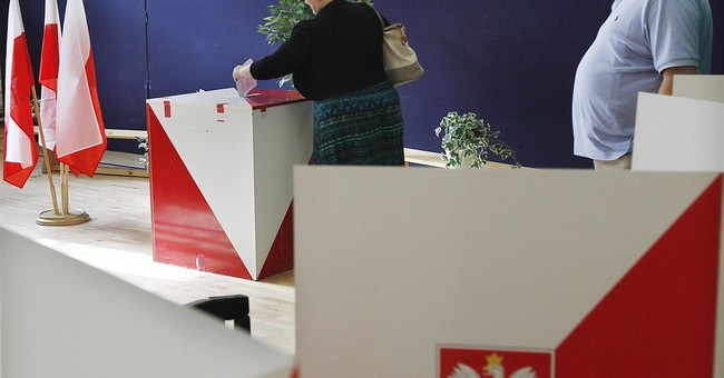 Poland opens referendum on voting system, party funding