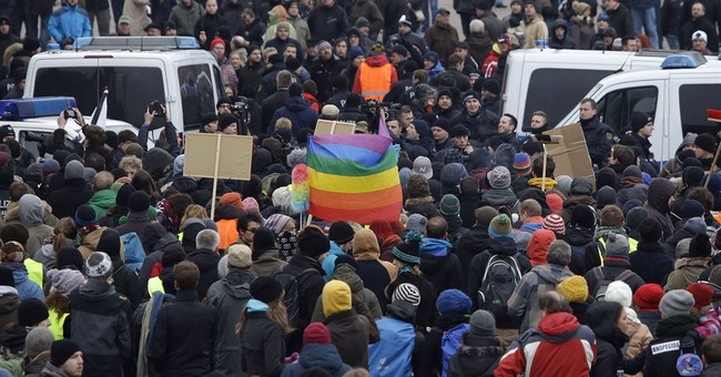 Rally by German anti-Islam group PEGIDA draws smaller crowds