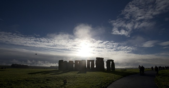 Hidden prehistoric monument discovered near Stonehenge