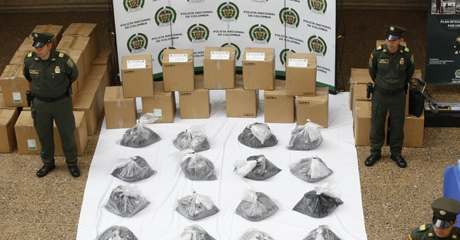 Colombia seizes 1 metric ton of cocaine on Mexico flight