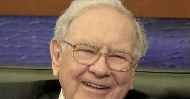 Buffett plies volatile waters, digs in on IBM