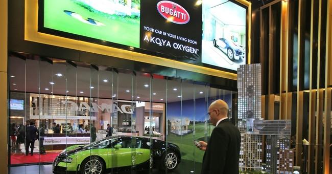 Dubai pursues property wonders despite signs of slowdown