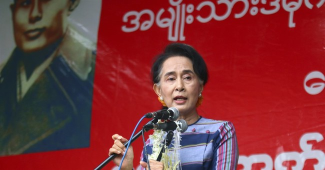 Myanmar's Suu Kyi opens election campaign on Facebook