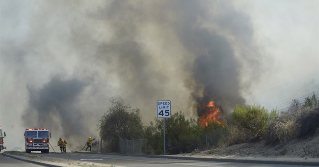 Evacuations canceled as Southern California wildfire calms