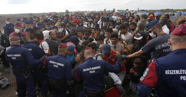 UN warns Hungary it faces a wave of 42,000 more migrants