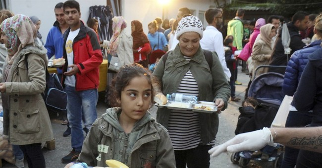 Austria: A special birthday party for thousands of migrants