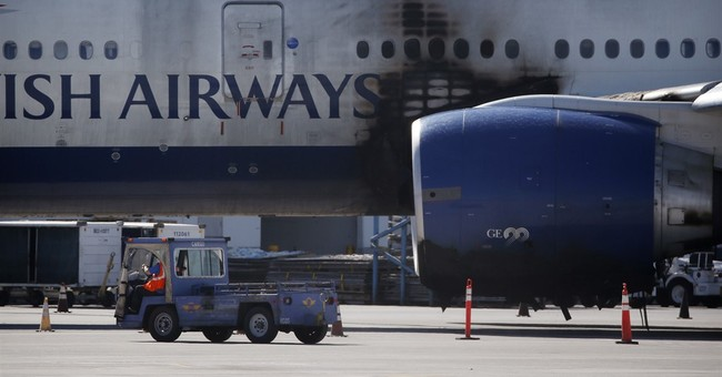 Officials credit 'flawless' response in Las Vegas plane fire