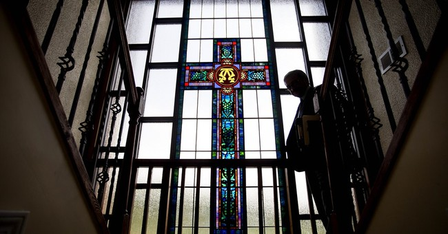 Pope will find US church struggling to hold onto Latinos