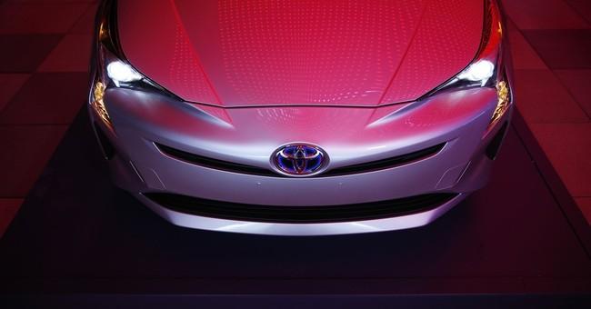 Fun not fuel-saving focus in Las Vegas debut of Toyota Prius