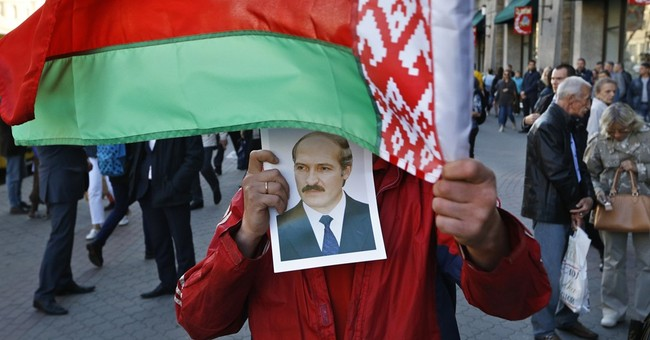 Belarusian demonstrators call for election boycott