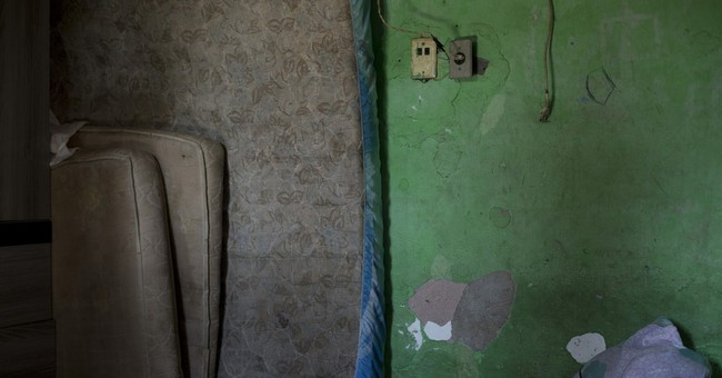 Away from Olympics, sewage blights vast swaths of Rio