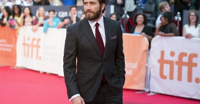 Moore, Gyllenhaal kick off 40th Toronto Film Festival