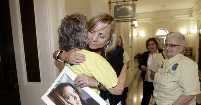 California lawmakers approve right-to-die legislation
