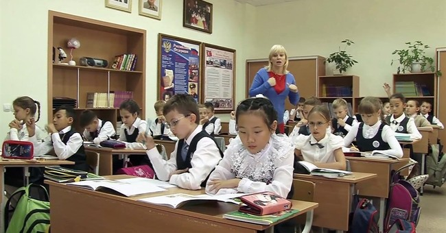 North Korean kids join Russian class to promote friendship