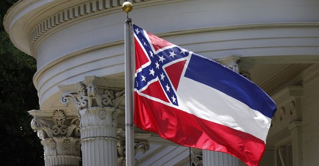 Time to change Mississippi flag, Steve Earle says in song
