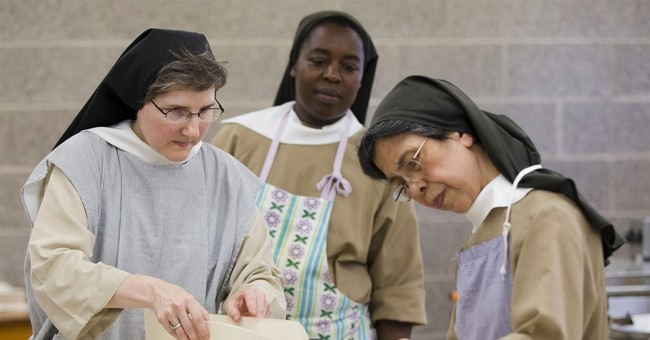 Cloistered nuns bake altar breads for papal Mass in Philly