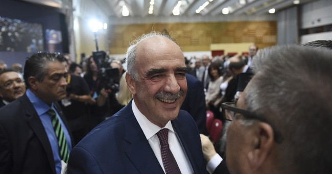 Greek conservative leader promises jobs, growth, low taxes