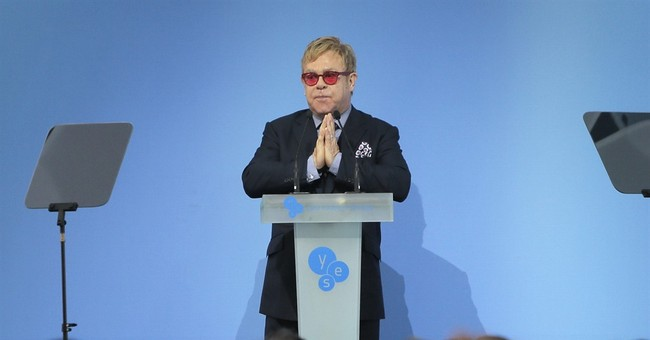 Elton John urges Ukraine to accept gays