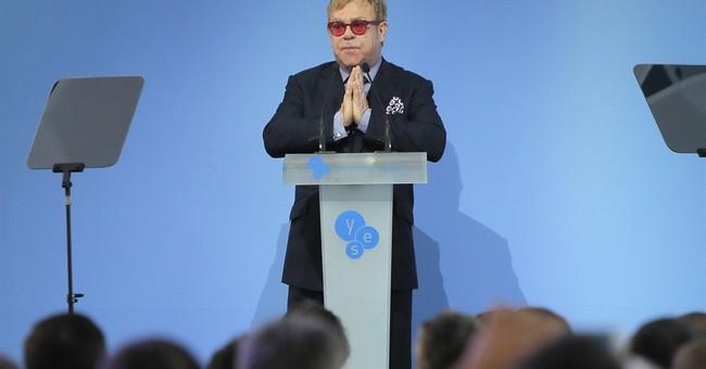 Elton John urges Ukraine to accept gays