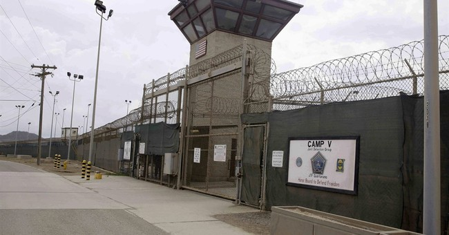Bid to shut Guantanamo roils Pentagon, White House, Congress