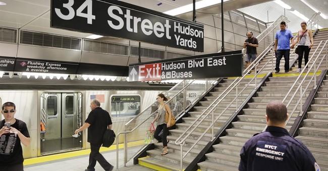 Manhattan subway extension opens in booming neighborhood