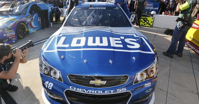 APNewsBreak: Hendrick locks up Johnson, Lowe's through '17