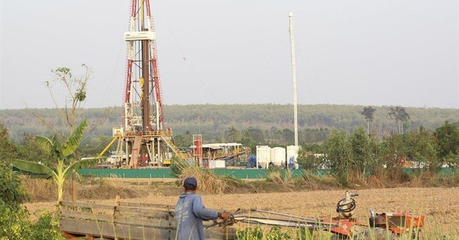 Thai villagers say gas drilling sickens them, ruins crops