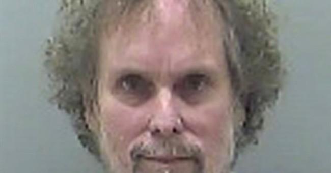 Fugitive treasure hunter captured with dozens of cellphones