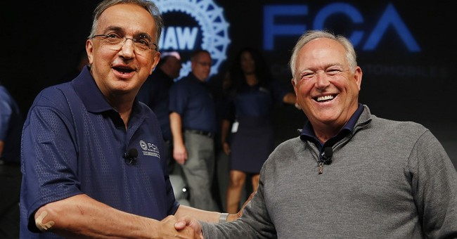 Fiat Chrysler, UAW reach tentative contract deal