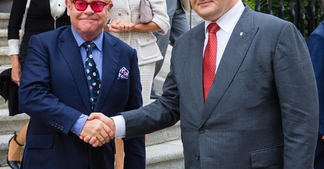 Did Putin call Elton John? Singer says yes, Kremlin says no