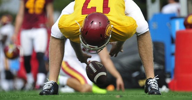Blind long-snapper Jake Olson joins practice with No. 6 USC