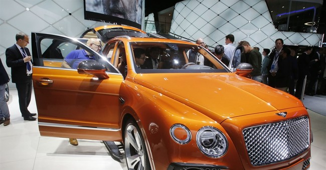 Luxury automakers roll out powerful SUVs at Frankfurt show