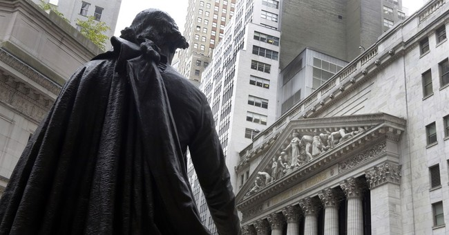 US stock market finishes with small gains