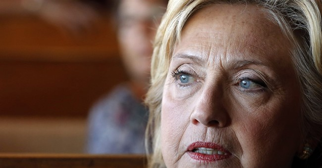Clinton warns GOP a federal shutdown would imperil economy