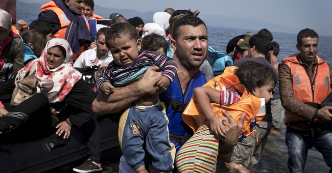 AP PHOTOS: For newest arrivals to Europe lots of emotion