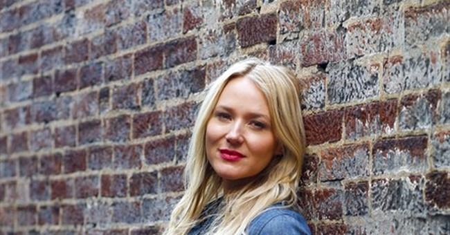 Jewel recounts family hardships in new memoir, album