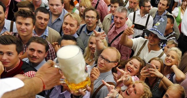 'It's tapped!': Thousands head to Munich's Oktoberfest
