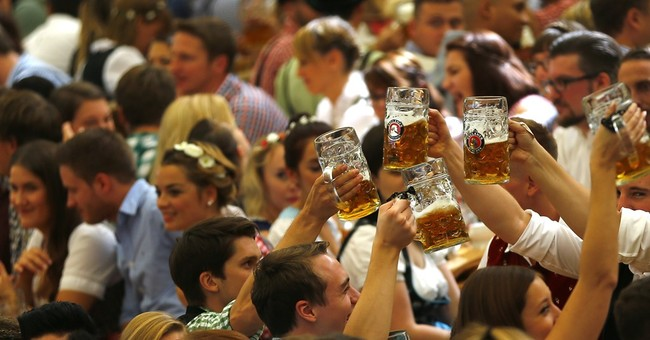 'It's tapped!': Thousands head to Munich's Oktoberfest