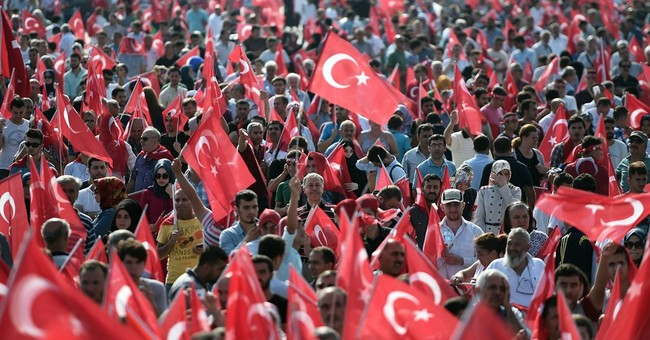 Tens of thousands protest in Turkey against Kurdish violence