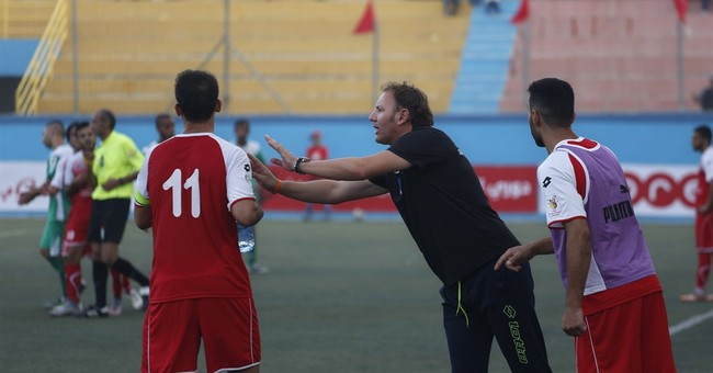 Italian coach in Hebron upends Palestinian soccer league