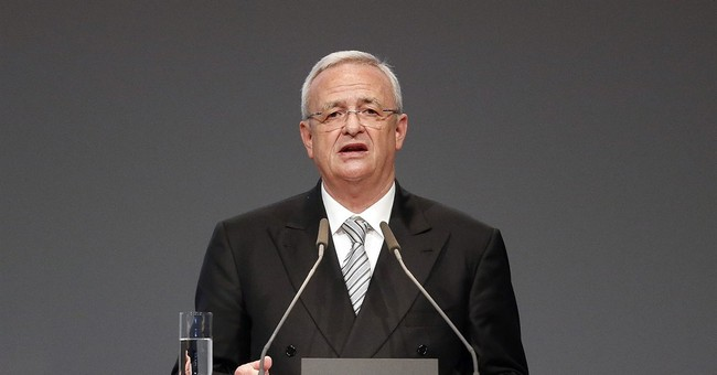 "VW chief ""sorry"" after EPA says firm skirted clean air law"