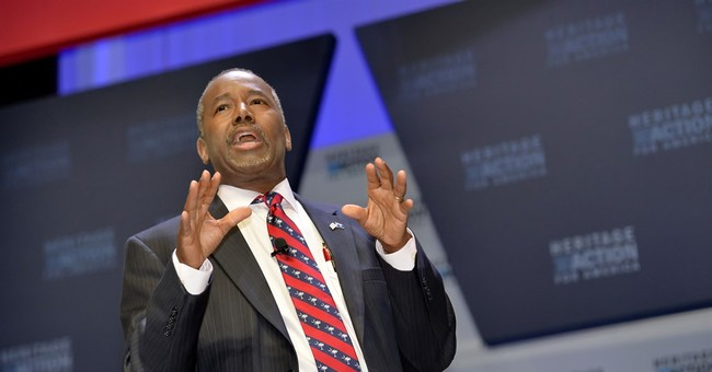 Republican Ben Carson claims benefits from Muslim criticism